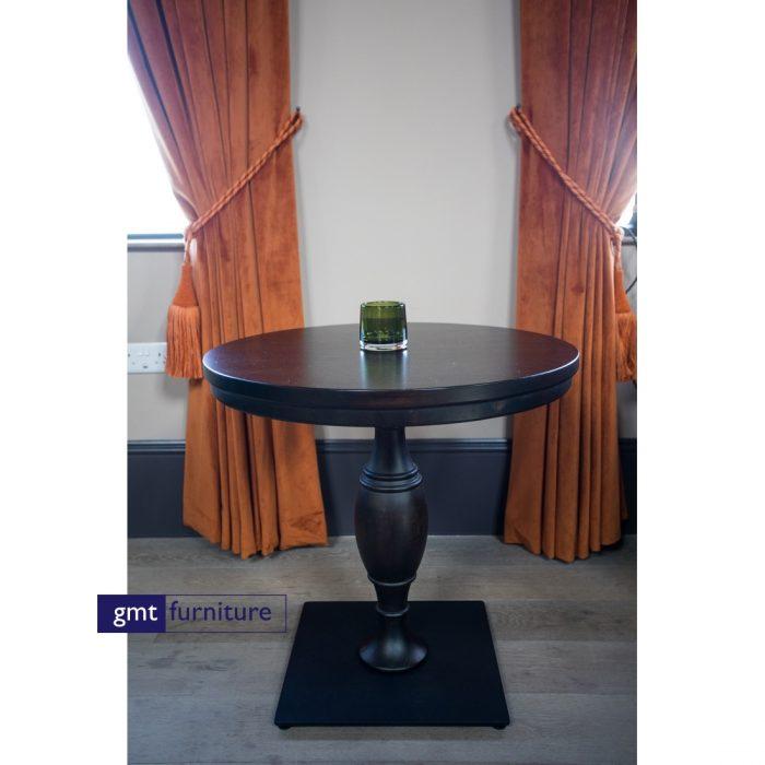 Tuilip Table